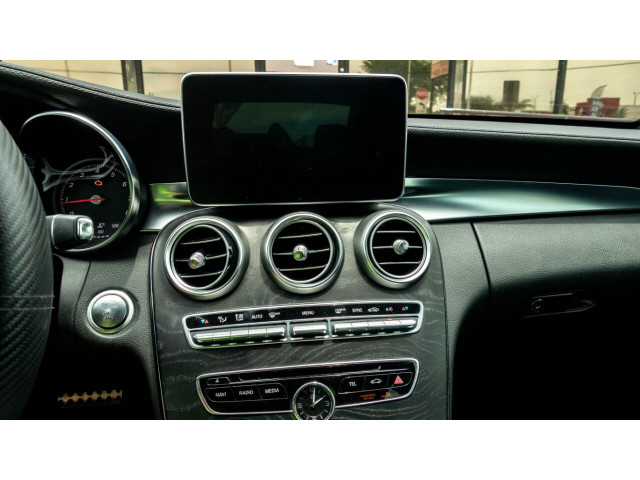2015 Mercedes-Benz C-Class C 300 Sedan - 043000N - Image 14