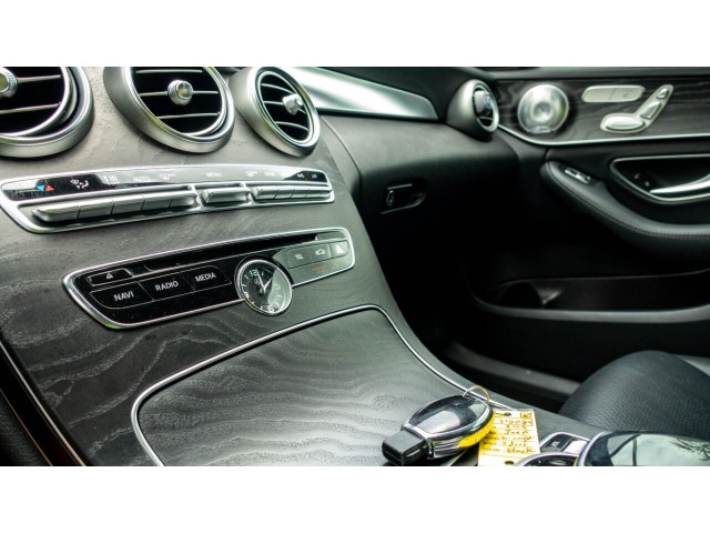 2015 Mercedes-Benz C-Class C 300 Sedan - 043000N - Image 15