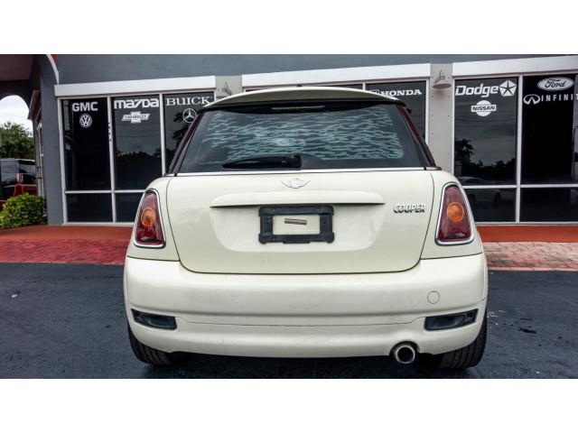 2010 MINI Cooper Base Hatchback - Z24450 - Image 11