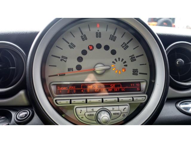 2010 MINI Cooper Base Hatchback - Z24450 - Image 14