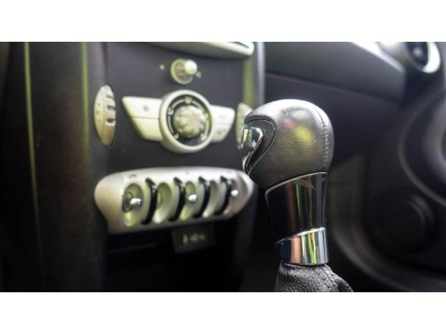 2010 MINI Cooper Base Hatchback - Z24450 - Image 15