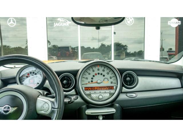 2010 MINI Cooper Base Hatchback - Z24450 - Image 16