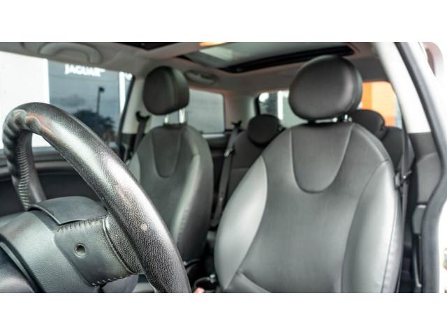 2010 MINI Cooper Base Hatchback - Z24450 - Image 20