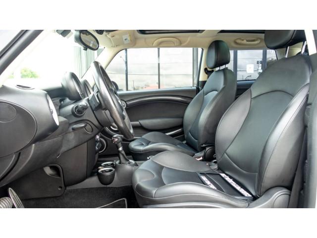 2013 MINI Hardtop Cooper S Hatchback - 390817T - Image 17
