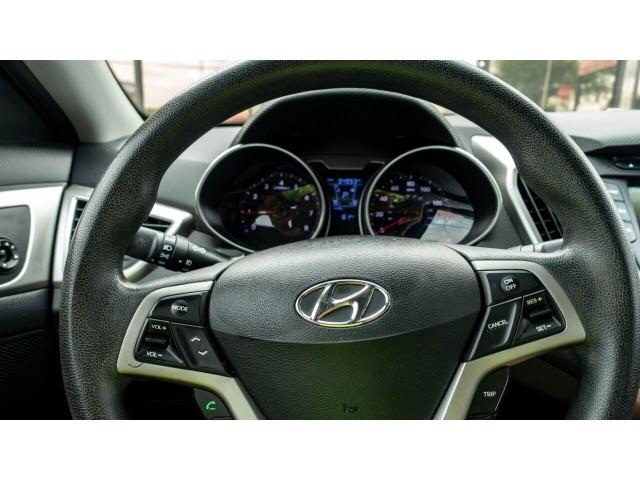2013 Hyundai Veloster Base 6M Coupe - 089496C - Image 16