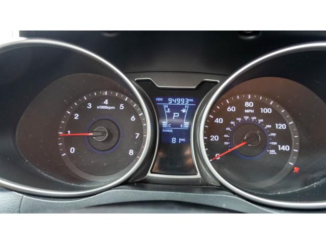2013 Hyundai Veloster Base 6M Coupe - 089496C - Image 17