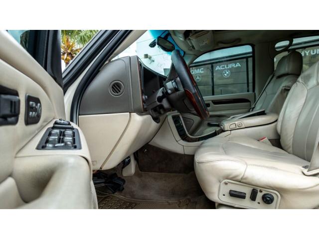 2002 Cadillac Escalade Base 2WD SUV - 243444C - Image 6