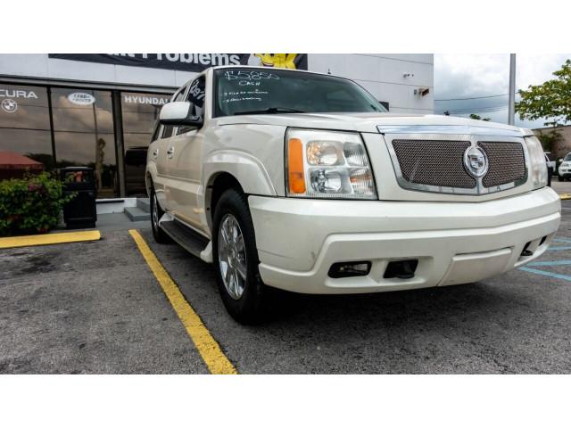 2002 Cadillac Escalade Base 2WD SUV - 243444C - Image 11