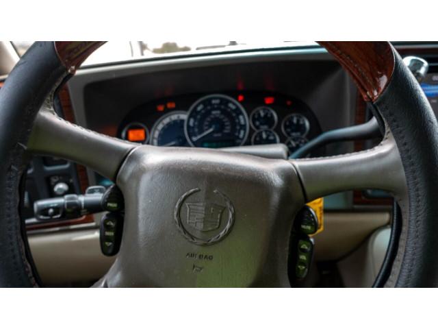 2002 Cadillac Escalade Base 2WD SUV - 243444C - Image 17