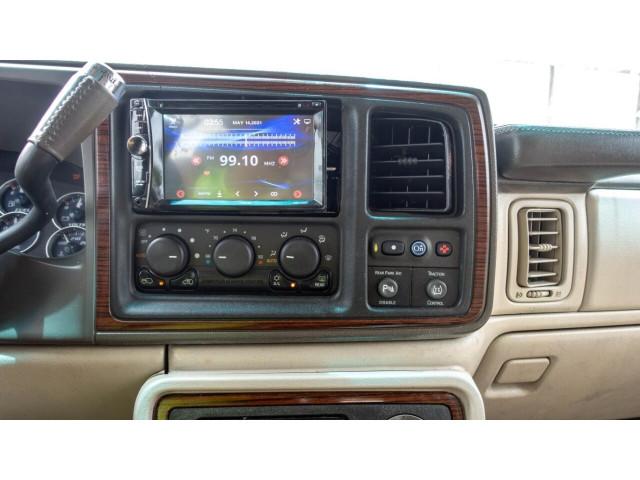 2002 Cadillac Escalade Base 2WD SUV - 243444C - Image 21
