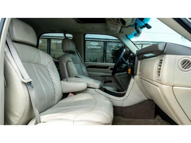2002 Cadillac Escalade Base 2WD SUV - 243444C - Image 23