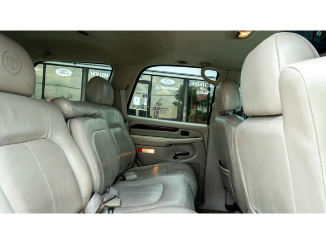 2002 Cadillac Escalade Base 2WD SUV - 243444C - Image 24