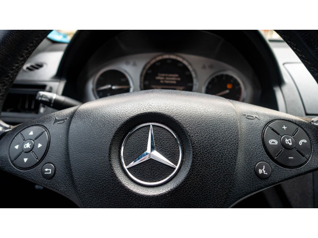 2008 Mercedes-Benz C-Class C 300 Luxury 4MATIC Sedan - 052393C - Image 13