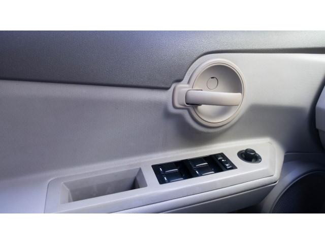 2008 Dodge Avenger SE Sedan - 165999C - Image 17