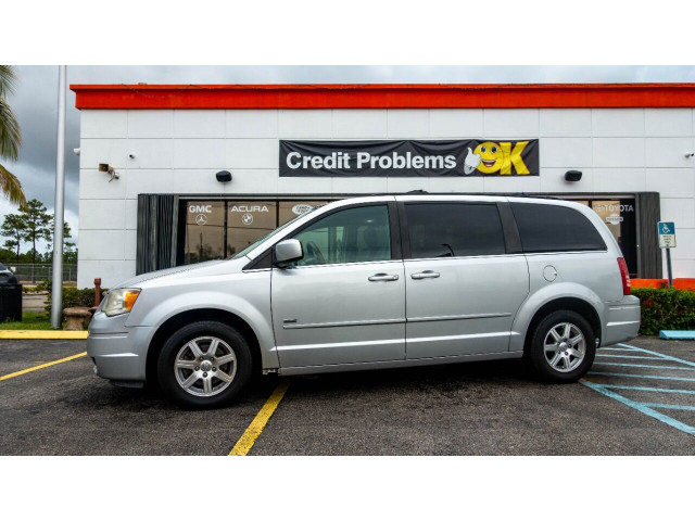 2008 Chrysler Town and Country Touring Minivan - 701480 - Image 6