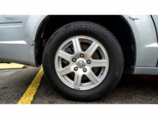 2008 Chrysler Town and Country Touring Minivan - 701480 - Thumbnail 5
