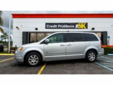 2008 Chrysler Town and Country Touring Minivan - 701480 - Thumbnail 6