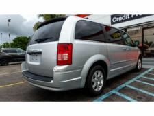 2008 Chrysler Town and Country Touring Minivan - 701480 - Thumbnail 8