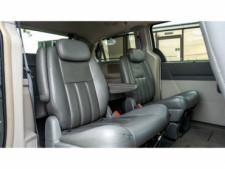 2008 Chrysler Town and Country Touring Minivan - 701480 - Thumbnail 12