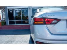 2020 Nissan Altima 2.5 S Sedan - 207229N - Thumbnail 8