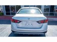 2020 Nissan Altima 2.5 S Sedan - 207229N - Thumbnail 24