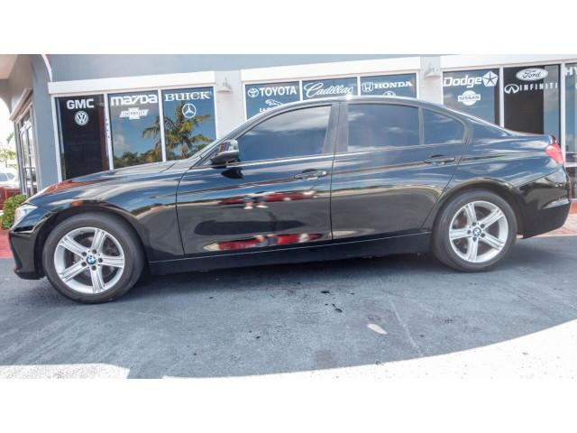 2012 BMW 3 Series 328i Sedan - 346817 - Image 11
