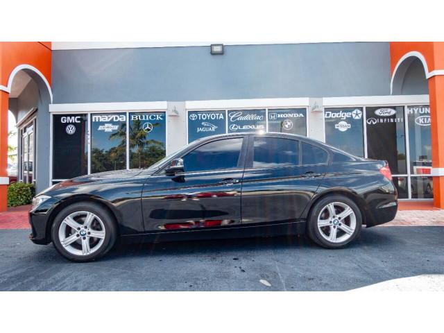 2012 BMW 3 Series 328i Sedan - 346817 - Image 12