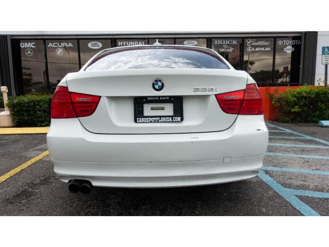 2011 BMW 3 Series 328i Sedan - N05456 - Image 8