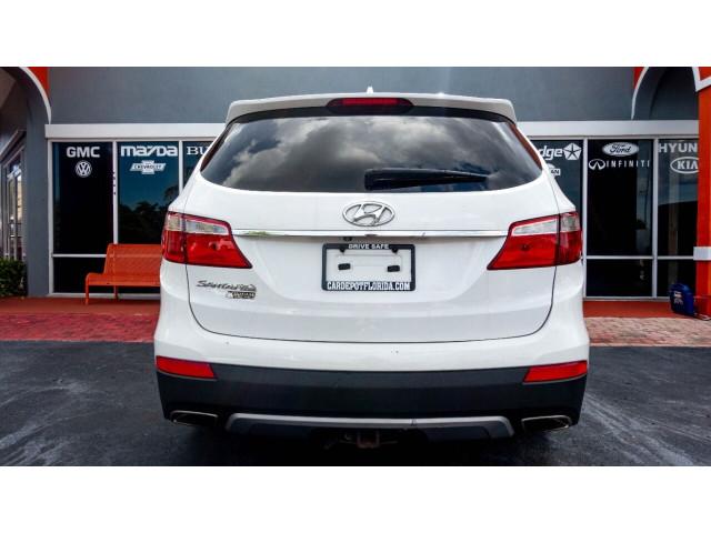 2015 Hyundai Santa Fe GLS SUV - 100688 - Image 10