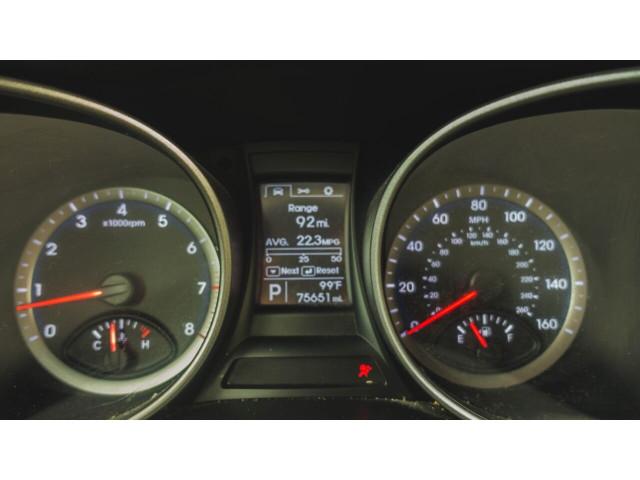 2015 Hyundai Santa Fe GLS SUV - 100688 - Image 21