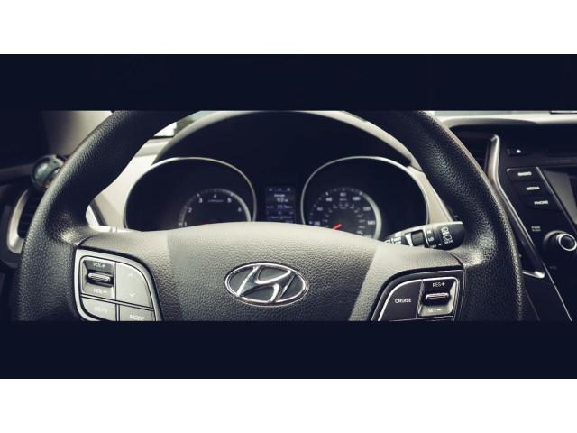 2015 Hyundai Santa Fe GLS SUV - 100688 - Image 22