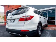2015 Hyundai Santa Fe GLS SUV - 100688 - Thumbnail 11