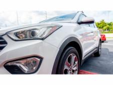 2015 Hyundai Santa Fe GLS SUV - 100688 - Thumbnail 12