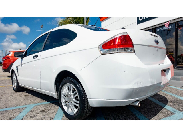 2008 Ford Focus SE Coupe - 193886C - Image 8