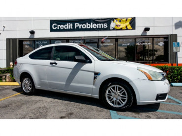 2008 Ford Focus SE Coupe - 193886C - Image 1