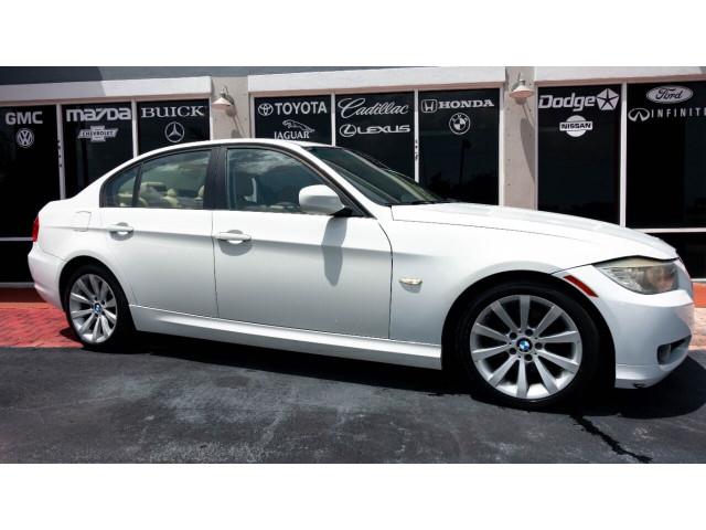 2011 BMW 3 Series 328i Sedan -  - Image 2