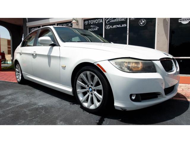 2011 BMW 3 Series 328i Sedan -  - Image 3