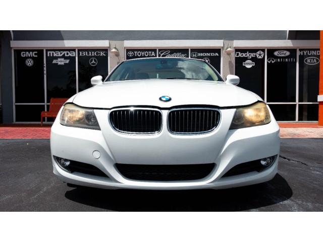 2011 BMW 3 Series 328i Sedan -  - Image 5