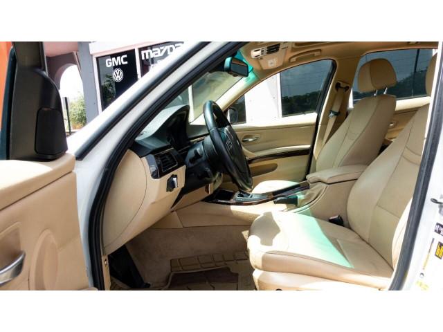 2011 BMW 3 Series 328i Sedan -  - Image 13