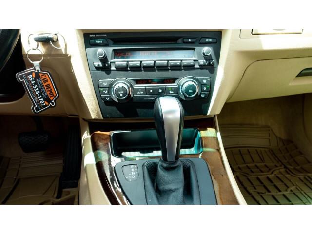 2011 BMW 3 Series 328i Sedan -  - Image 17