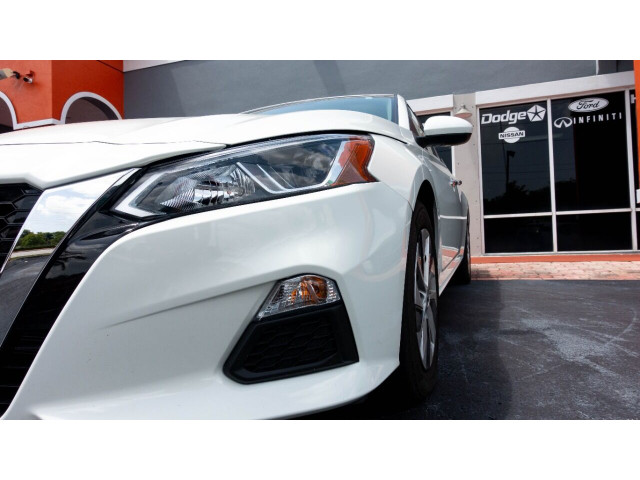 2020 Nissan Altima 2.5 S Sedan - 243674DC - Image 8