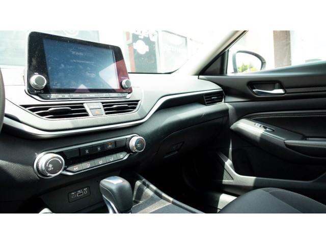 2020 Nissan Altima 2.5 S Sedan - 243674DC - Image 15