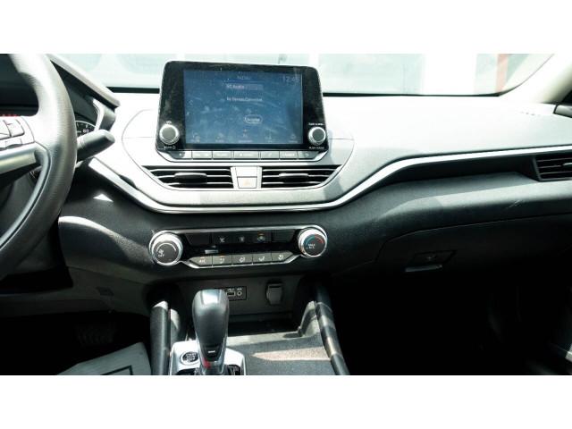 2020 Nissan Altima 2.5 S Sedan - 243674DC - Image 16