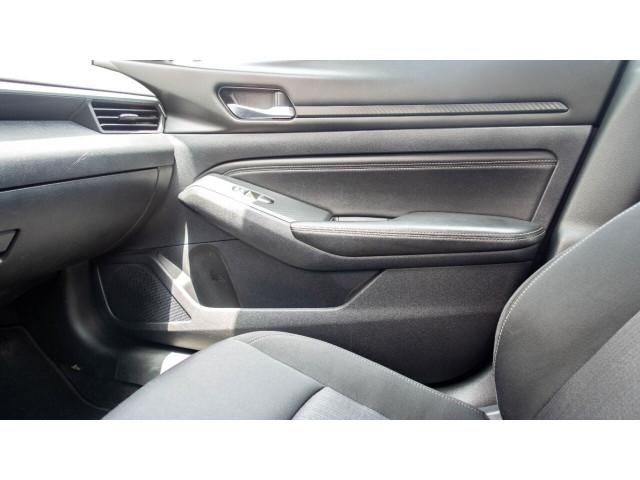 2020 Nissan Altima 2.5 S Sedan - 243674DC - Image 21