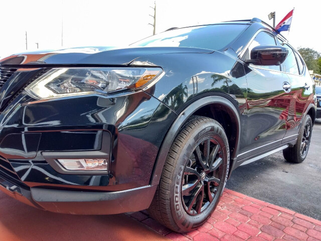 2018 Nissan Rogue SV Crossover - 820723DC - Image 8