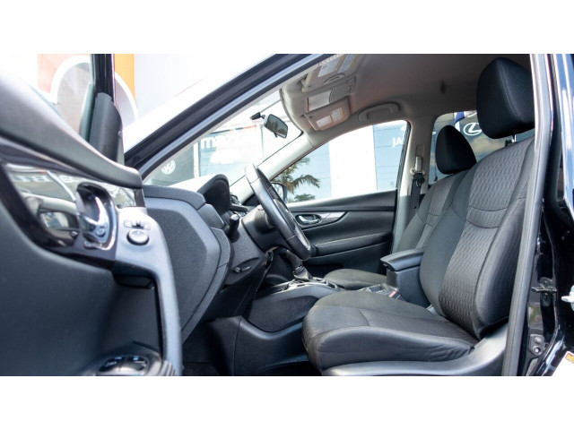 2018 Nissan Rogue SV Crossover - 820723DC - Image 14