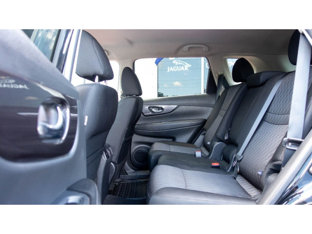 2018 Nissan Rogue SV Crossover - 820723DC - Image 16