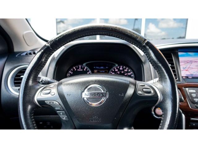 2013 Nissan Pathfinder Platinum 4x4 SUV - 636056 - Image 11