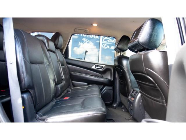 2013 Nissan Pathfinder Platinum 4x4 SUV - 636056 - Image 16