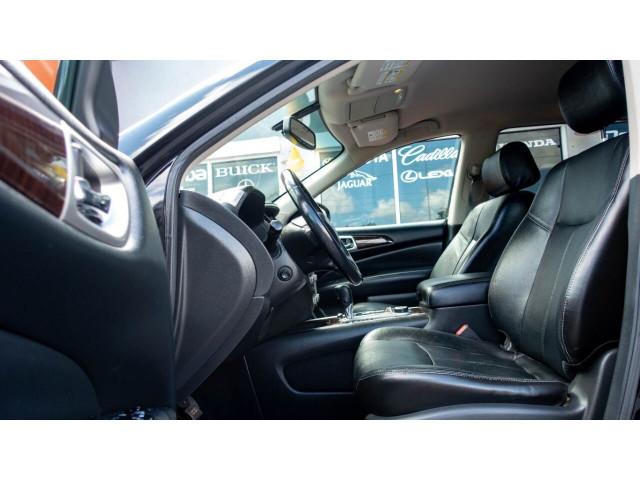 2013 Nissan Pathfinder Platinum 4x4 SUV - 636056 - Image 17